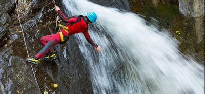 Pyrénées-Orientales : à la découverte de l'unique canyon en eau...