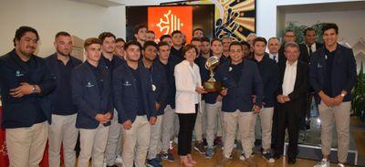 UNSS - Les Champions du Monde de la Borde Basse reçu à l'Hôtel de...