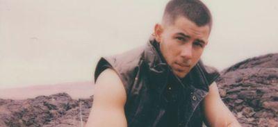 «Spaceman» : Nick Jonas sur le point de dévoiler un nouveau...