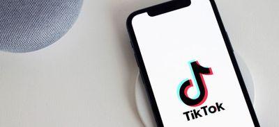 Coincé sous un quad, un de ses abonnés TikTok situé à plus de...