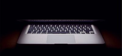 Prénommée Siri, elle interpelle Apple pour avoir un Macbook en...