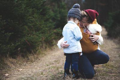 Être mère est aussi fatiguant que d'avoir deux jobs à temps plein !
