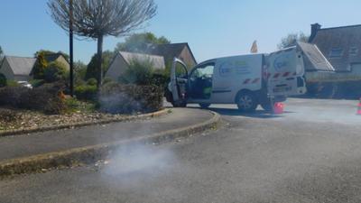 Glomel : des tests à la fumée sur le réseau d'assinissement