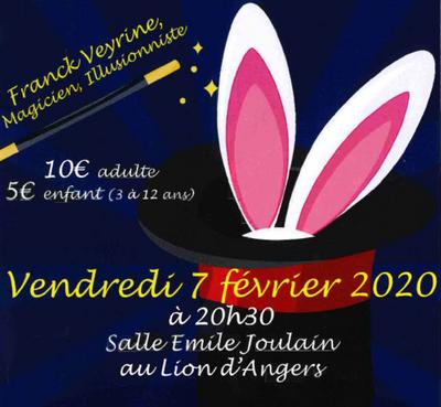Le magicien Franck Veyrine en spectacle au Lion d'Angers