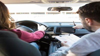 """S'inscrire au permis de conduire en ligne grâce à """"rendez-vous permis"""""""