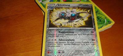 Il vend ses cartes Pokémon 80 000 dollars pour financer ses études