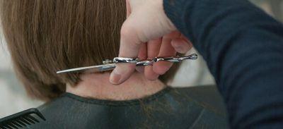 Des coiffeurs pour nos soignants