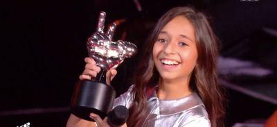 The Voice Kids : Rébecca remporte la finale de la saison 7 ! (Vidéo)