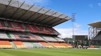 FOOTBALL: LE FC METZ ORGANISE UNE GRANDE BRADERIE
