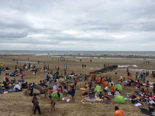 Privés de vacances, 5 000 petits franciliens profitent de la mer à...