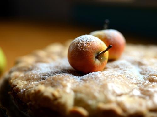 Un été gourmand et normand avec Yannick : La tarte fine aux pommes...