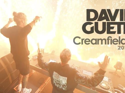 David Guetta met en ligne la vidéo de son set explosif à...