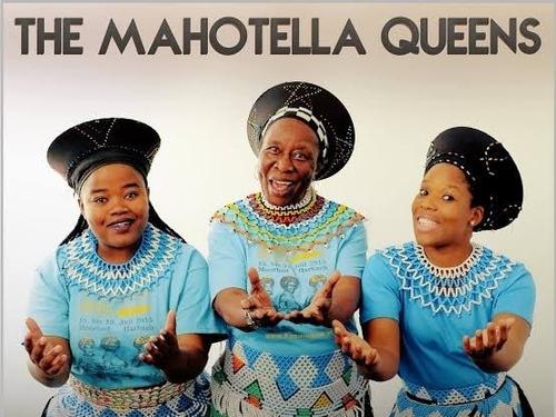 Hommage à Nobesuthu Mbadu de la formation féminine sud-africaine...