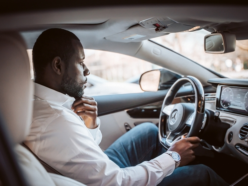 Pourquoi le passage de l'examen du permis de conduire est-il...