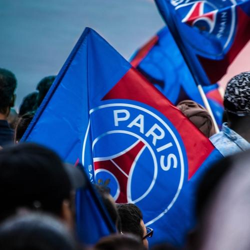 Pourquoi les supporters parisiens sont-ils devenus les plus grands...