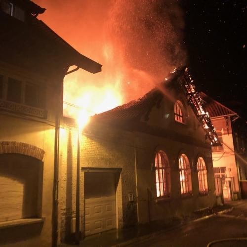 Lens : la salle de sport de l'école Jean Macé touchée par un incendie