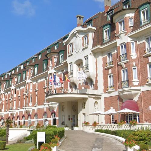 Une trentaine d'emplois à pourvoir à l'hôtel Barrière Le...