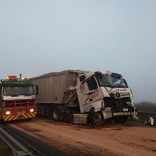 Accident entre deux camions sur la RN4