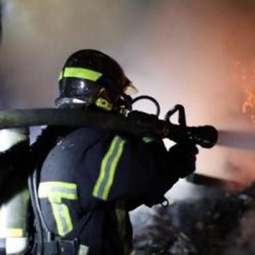 Une usine de 7000 m² ravagée par un incendie