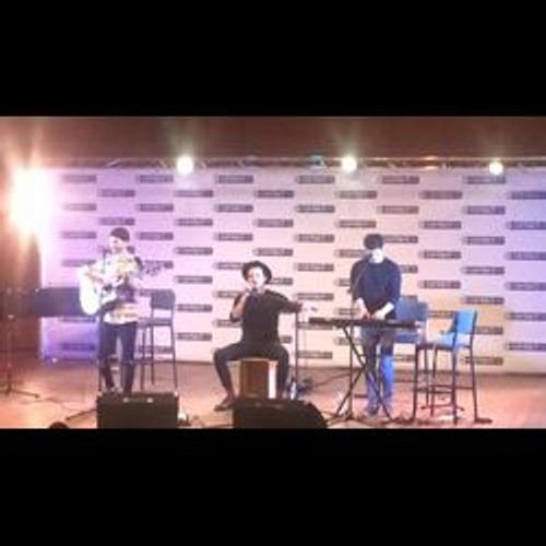 Premier clip pour le groupe Arcadian