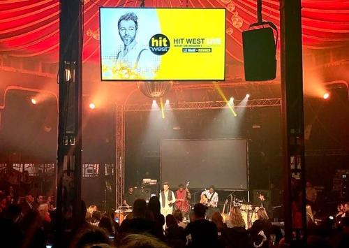 Christophe Maé part en live pour Hit West à Rennes