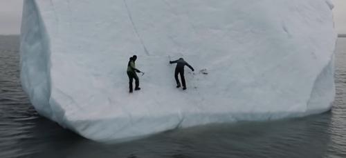 Mike Horn écrasé par un Iceberg