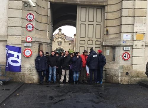 Les revendications des surveillants pénitentiaires continuent à Dijon