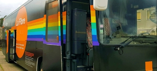 Le bus #FibreOrange fait étape à Dijon ce samedi