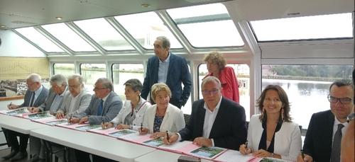 Un plan d'action pour le développement touristique du canal de...