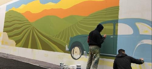 Une nouvelle peinture murale au centre Grand Quetigny