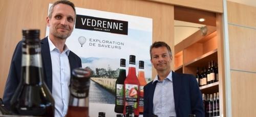 Le fabricant de liqueur de cassis Pagès Védrenne redessine sa gamme...