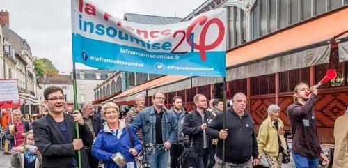 La France Insoumise apporte son soutien aux manifestants des...