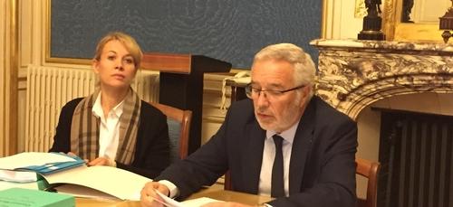 François Rebsamen a visité les écoles dijonnaises en travaux