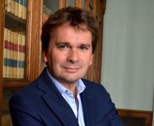 Le président de l'association des maires de la Côte d'Or (AMF21)...