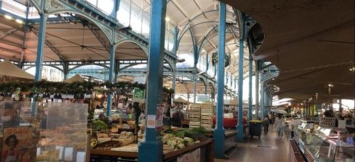 Retour des commerces non alimentaires sur les marchés de Dijon