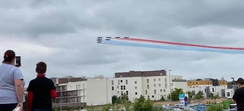 Les images du passage de la patrouille de France au-dessus de Dijon