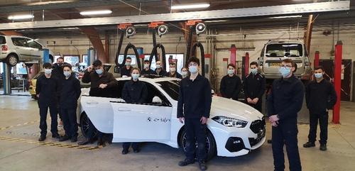 Le Groupe Savy offre une BMW à l'Ecole des Métiers de Dijon