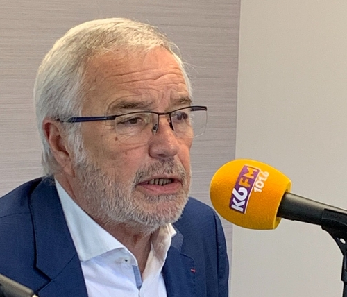François Rebsamen accusé de diffamation