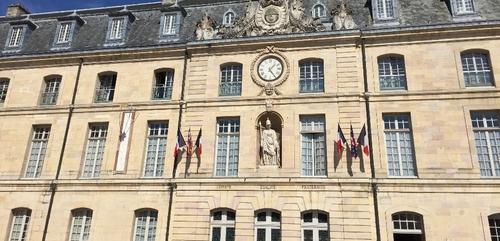 La ville de Dijon offre 56 000 protections hygiéniques