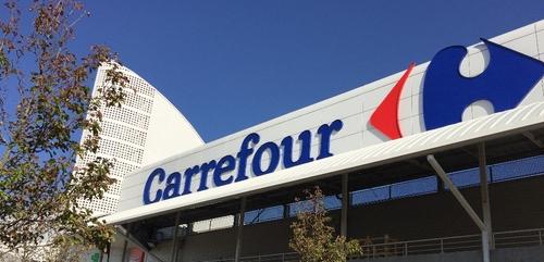 Un salarié du Carrefour de Quetigny se suicide, l'équipe du magasin...