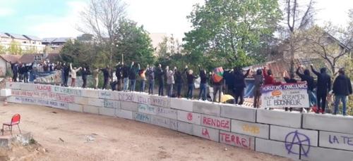 Les militants des jardins de l'Engrenage restent mobilisés