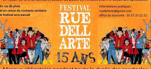 "15e édition du festival ""Rue Dell Arte"" (22)"