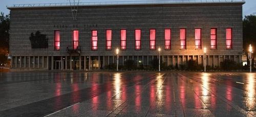 La mairie de Lorient se pare de rose pour soutenir la prévention du...