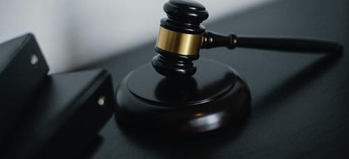 Un chauffard de 22 ans jugé à Lorient