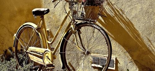 """Une bourse aux vélos du collectif """" Syklett """" à Lorient."""