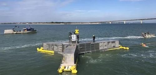 L'installation des éoliennes au large de la baie de Saint-Brieuc...