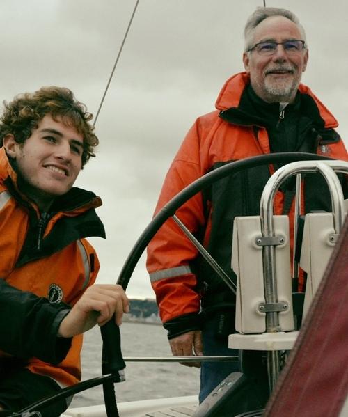 Père et fils dans le même bateau pour une aventure hors du commun