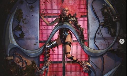 """Lady Gaga dévoile la pochette de """"Chromatica"""""""