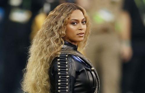 """""""Black Parade"""" : Beyoncé dévoile un titre inédit"""