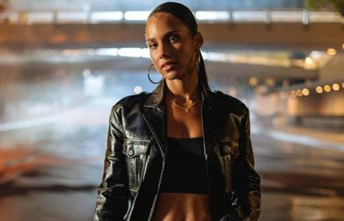 """Alicia Keys : le clip de """"Perfect Way To Die"""""""